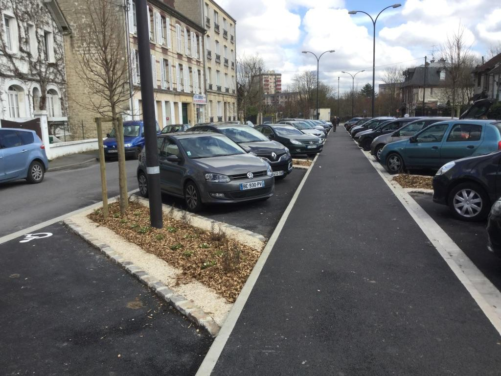 Réaménagement d'un parking avenue Marie Amélie - Chantilly (60) - 2017